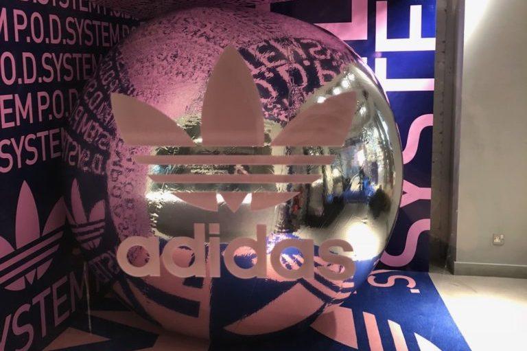 adidas-graphic-exhibition-display