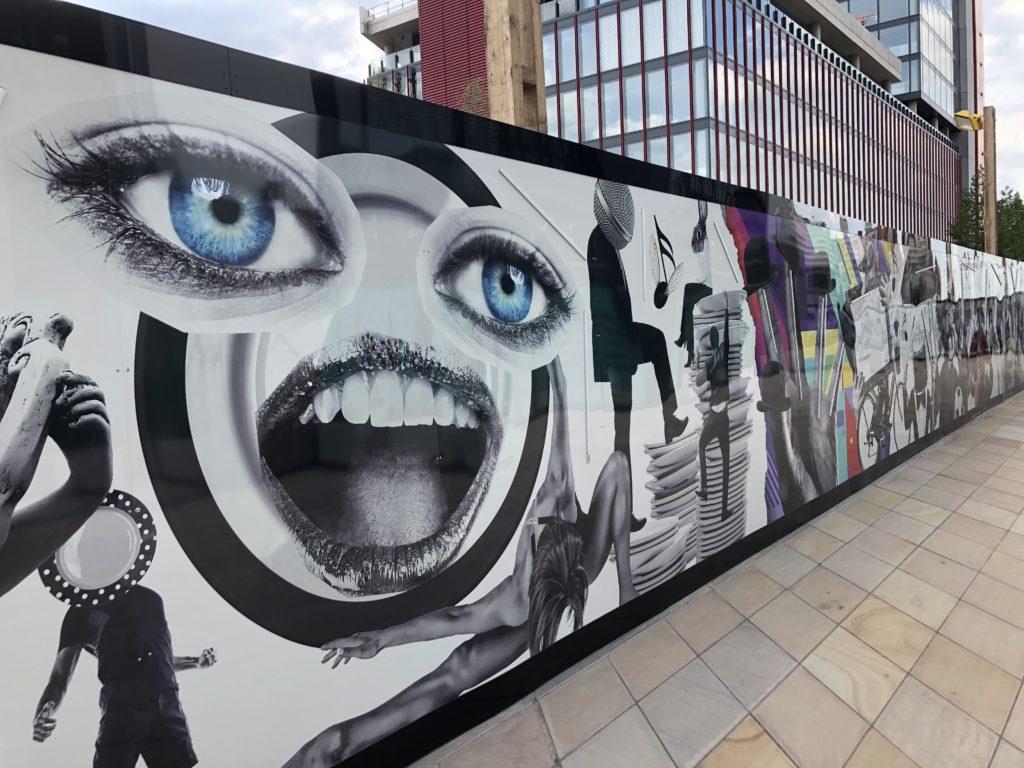 creative-building-site-hoarding