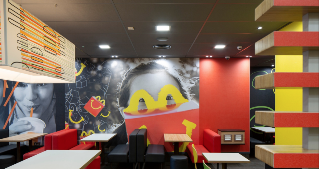 mcdonalds-wall-display-fit-out